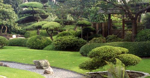 Garten asiatisch inspiriert ruhe und bewegung for Gartengestaltung asiatisch